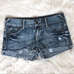 Wet Seal Shorts Distressed Size 1